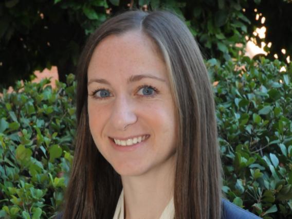 Kirsten Lansey headshot