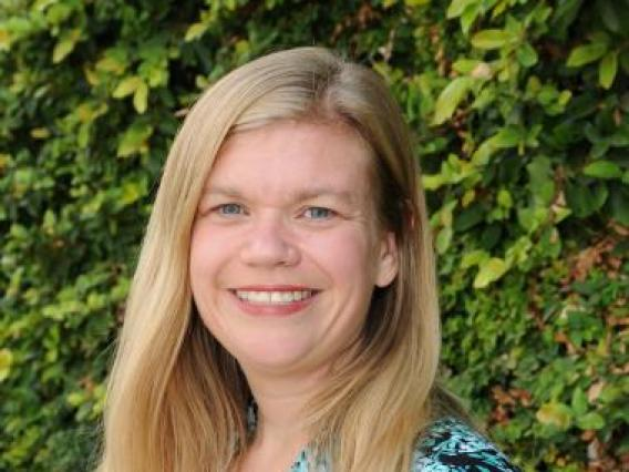 Michelle Perfect headshot