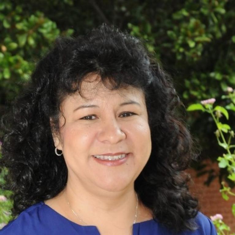 Letty Molina Gutierrez headshot