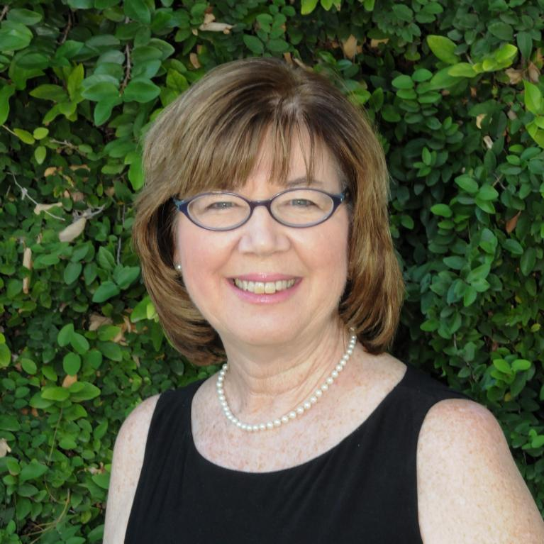 Linda Shaw headshot